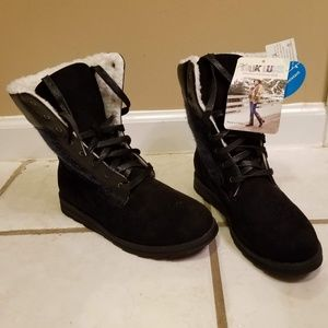 MUK LUK Sz 8 NWT Black lace up boots